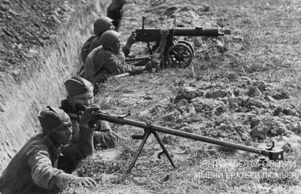 Презентация к 70-летию победы в великой отечественной войне спасибо деду за победу!