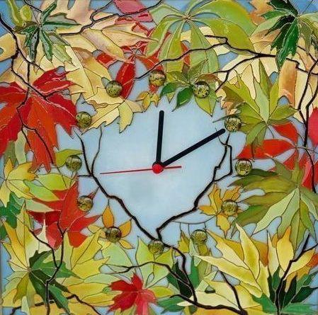 Часы из листьев картинки